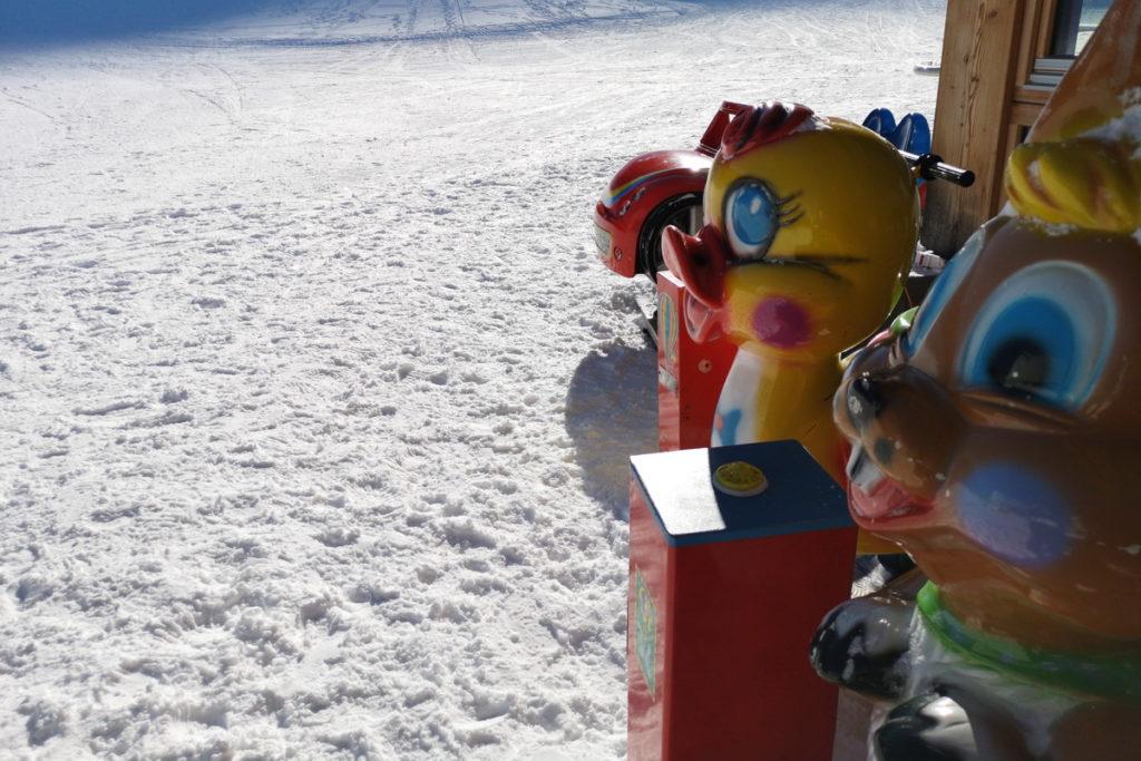 cermislandia un parco giochi sulla neve per bambini