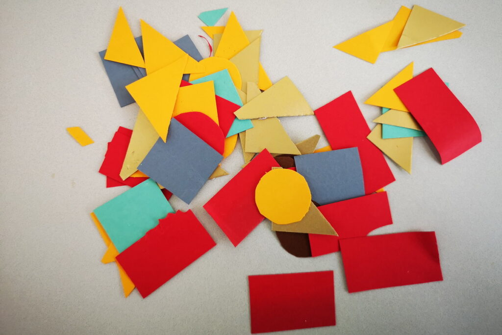 creare con i ritagli e le forme geometriche