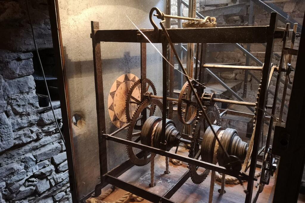 Torre dell'orologio a premilcuore