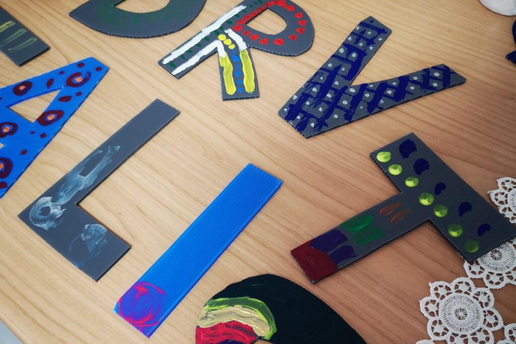 Idee per giocare con le lettere. Imparare a leggere e scrivere