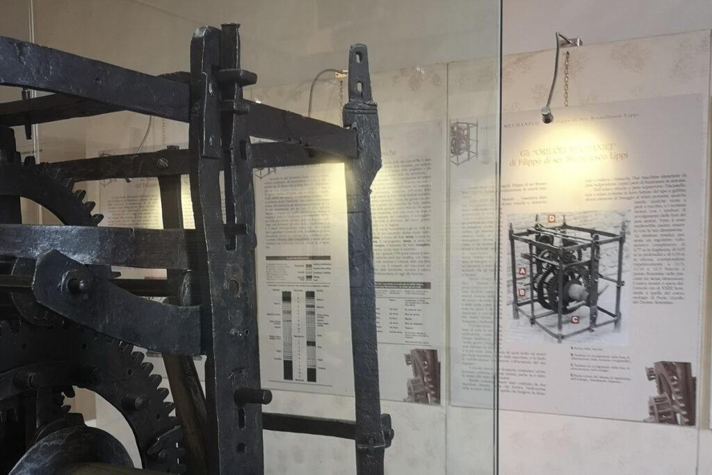 l'orologio del Brunelleschi a Scarperia
